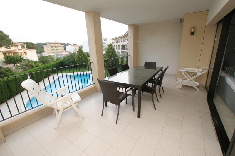Apartment -                                       L´escala -                                       2 bedrooms -                                       4 persons