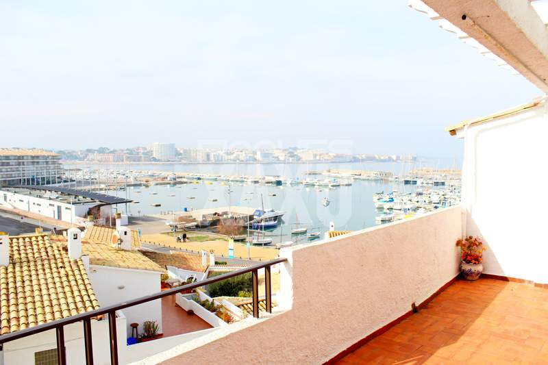 Penthouse -                                       Sin Asignar -                                       4 bedrooms -                                       0 persons