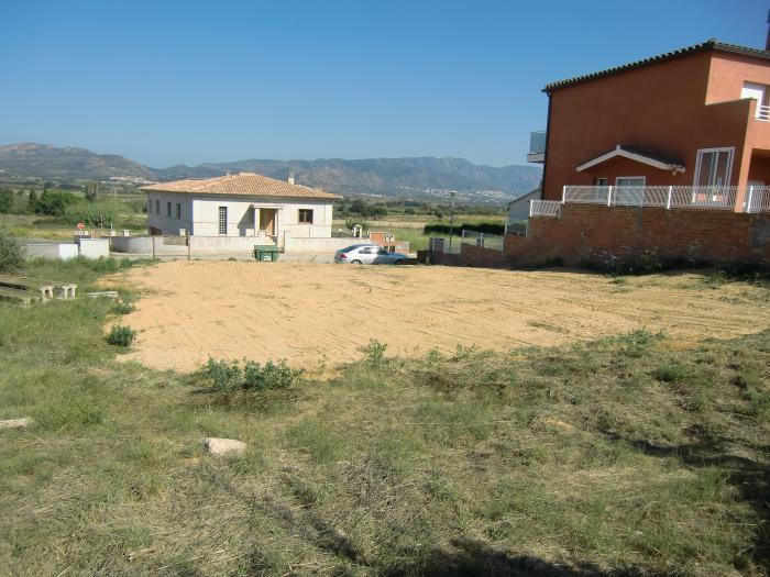 Terrain -                                       Pedret I Marzà -                                       0 bedrooms -                                       0 persons